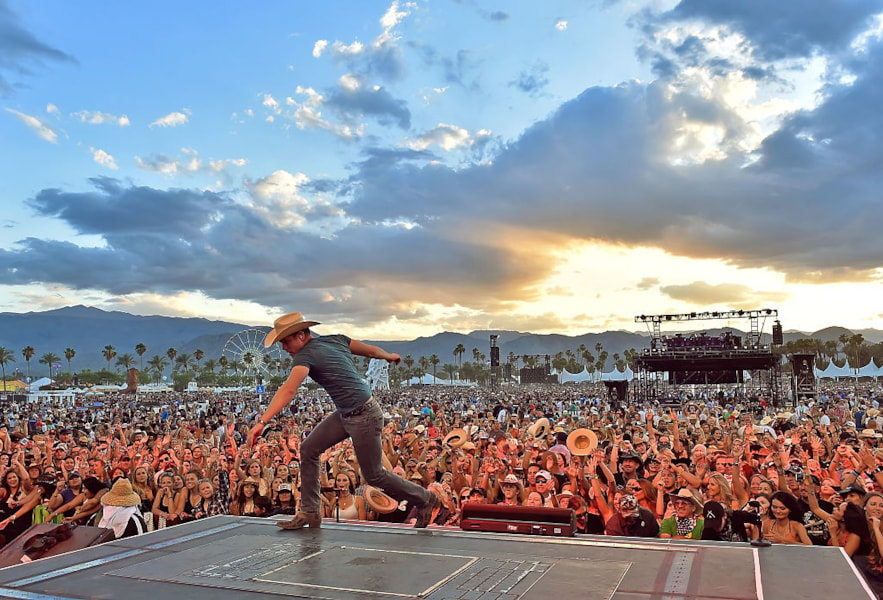 INDIO, CA - MAY 01:  Musician Dustin Lynch performs onstage during 2016 Stagecoach California's Country Music Festival at Empire Polo Club on May 01, 2016 in Indio, California.  (Photo by Kevin Winter/Getty Images for Stagecoach)