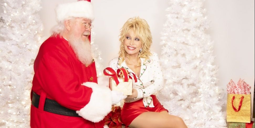 Dolly Parton: Her Top 20 Christmas Songs